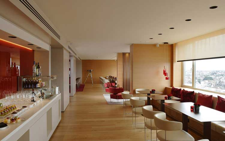 The-Hotel-Panorama-lounge