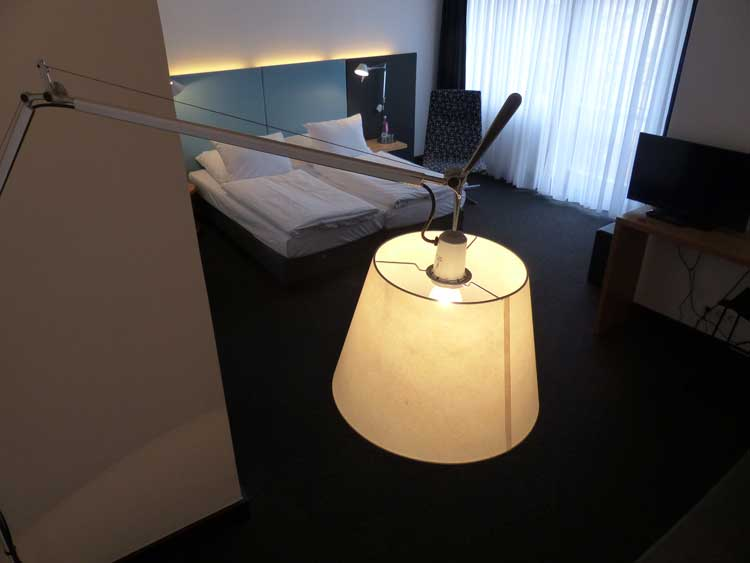 Otto-Hotel-Berlin.-lights-and-lamps