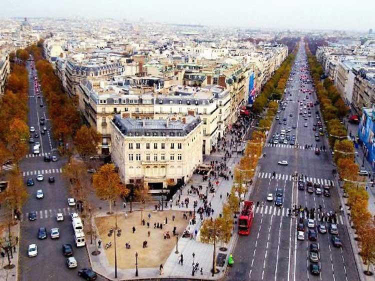 Saint-Germain-des-Prés--Sweet-Inn-Apartments-Paris-MenStyleFashion-(1).jpg-Boulevard