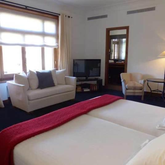 Primero Primera - Family Owned Boutique Hotel Barcelona MenStyleFashion (11)