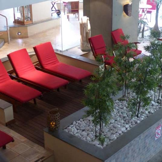 Le-meridien-malta-lotus-indoor-pool-1
