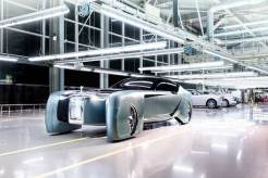 Rolls-Royce-Self-driving-luxury-concept-car
