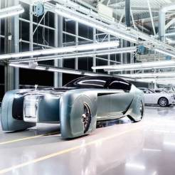 Rolls-Royce-Self-driving-luxury-concept-car