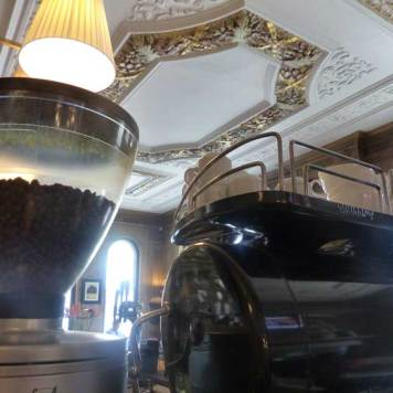 The Bailey's Hotel London - Victorian Townhouse MenStyleFashion Decor (8)