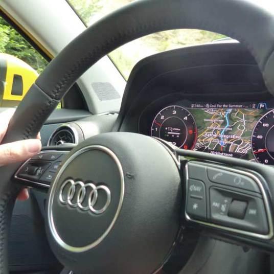 Audi Q2 SUV 2016 MenStyleFashion Zurich (20)