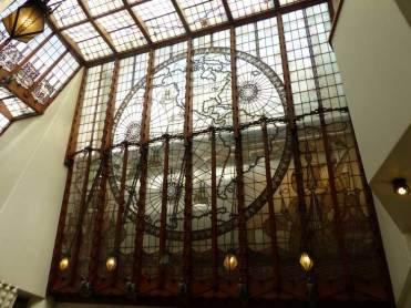 Amrath-The-Grand-Hotel-Amsterdam-MenStyleFashion--Lead-Glass-World-Map-Ship