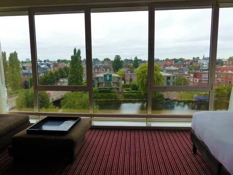 Hilton-Amsterdam-2016.jpg-Room