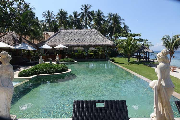 Sea-Breeze-Candidasa-Bali--Indonesia-MenStyleFashion.-Infinity--Pool-1