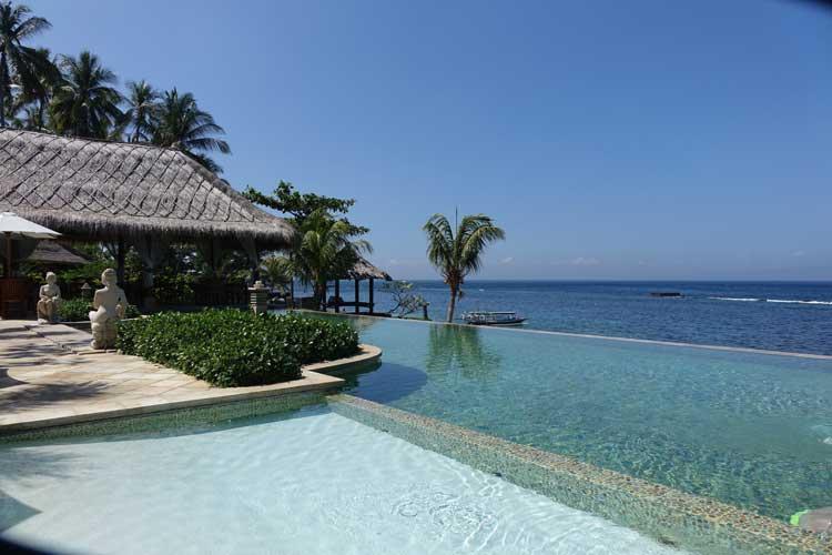 Sea-Breeze-Candidasa-Bali--Indonesia-MenStyleFashion.-Infinity--Pooljpg
