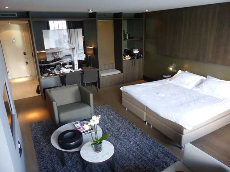 The-Dylan-Hotel-Amsterdam.jpg-Junior-Suite
