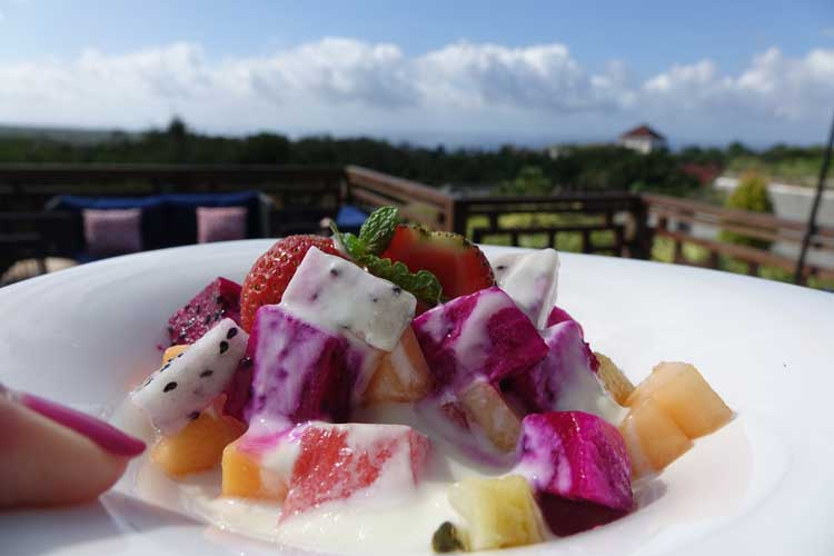 Prasana-Sunrise-Villa-Bali-MenStyleFashion-(1).jpg-Fruits-Salad