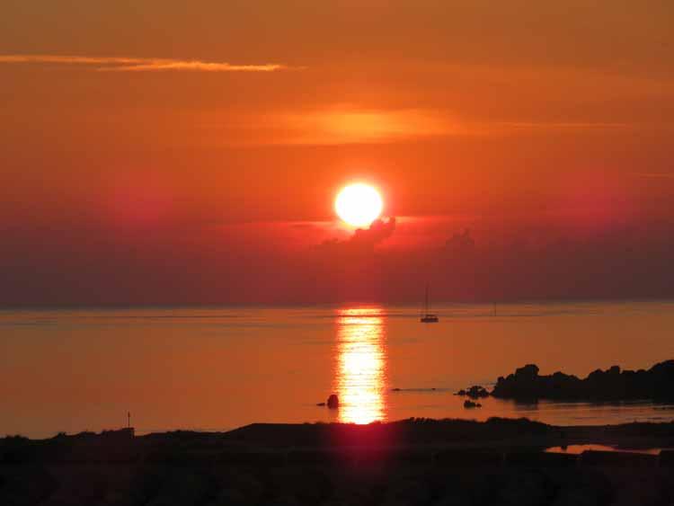 villa-suite-sunrise-vista-paradise-resort-spa