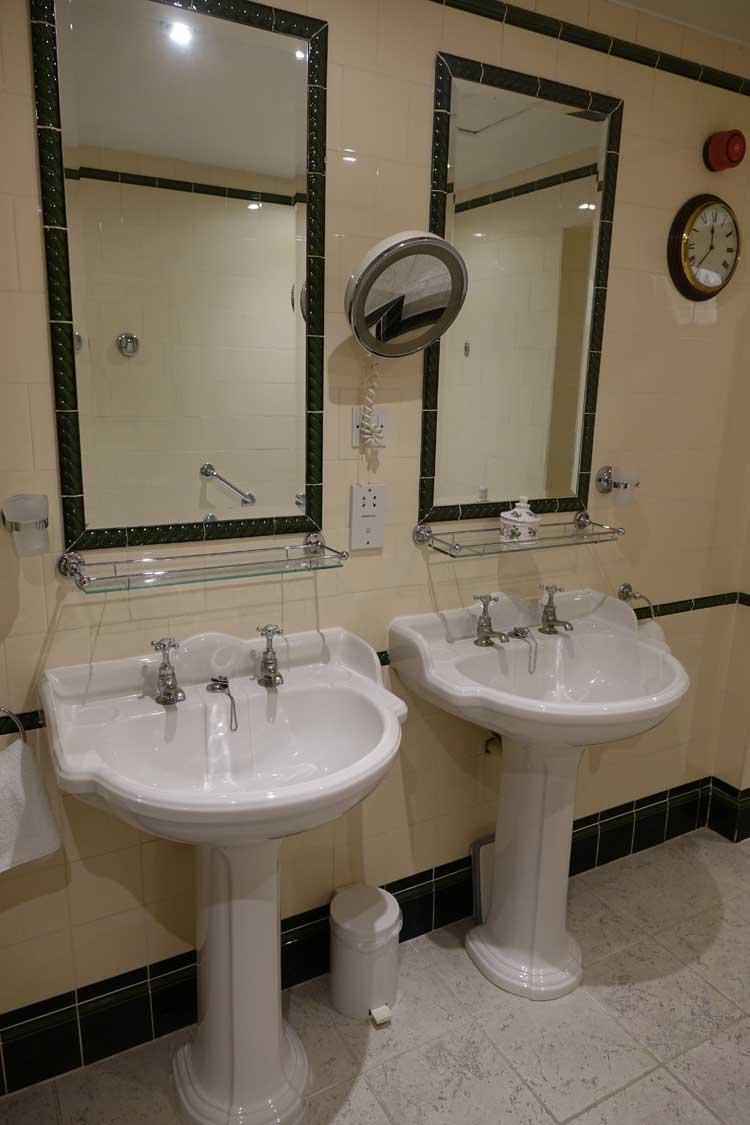 the-draycott-hotel-chelsea-menstylefashion-1