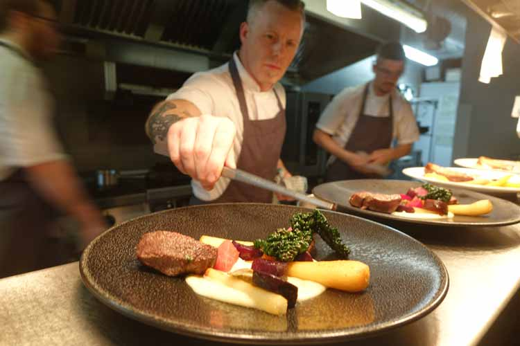 The Muddlers Club Restaurant in Belfast Reviewed