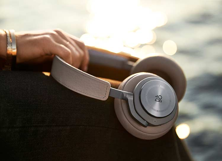 B&O Play Introduces BEOPLAY H9 – Explore The Sound, Feel The Silence