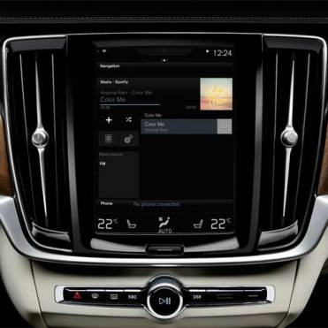 Volvo-XC90-touch-screen