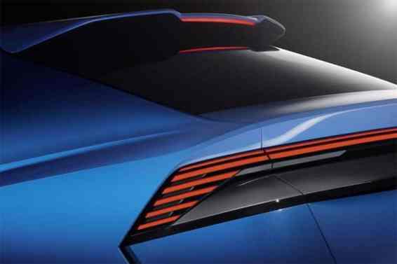 Audi-Q8-spoiler