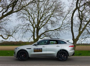 F-pace-model-S-Holland