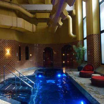 The St. Pancras Renaissance Hotel London Spa and swimming pool MenstyleFashion 2017 (1)