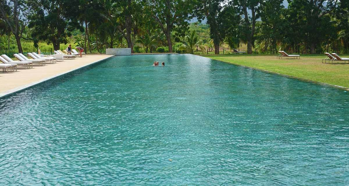 Jetwing Lake Hotel Sri Lanka – 72 Meter Luxury Swimming Pool
