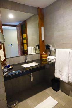 Sunrise By Jetwing Sri Lanka Hotel Review - bathroom