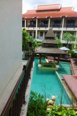 Puripunn Baby Grand Boutique Hotel Chiang Mai Gardens and swimmingpool Menstylefashion Thailand (3)