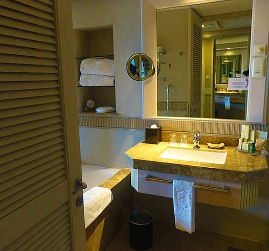 Shangri las rasa sentosa resort Singapore room review (1)