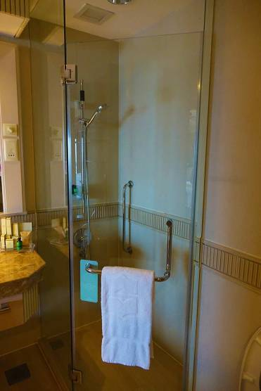 Shangri las rasa sentosa resort Singapore room review (2)
