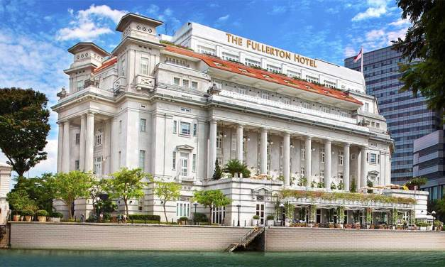 Fullerton Hotel Singapore – Historic Iconic Stay