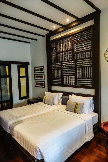 Na Nirand romanatic boutique hotel chiang mai room review (1)