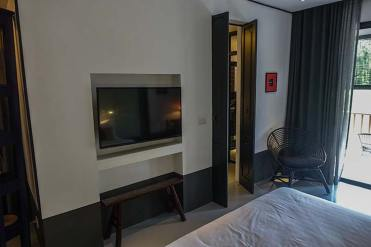 hotel artist ping silhouette chiang mai review (3)