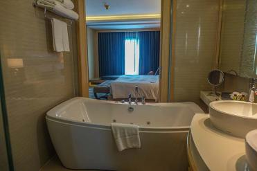 Amari Watergate Bangkok hotel review MenStyleFashion (5)