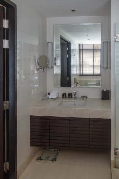 Marriott Sathorn Vista Bangkok Executive Apartments Review (9)