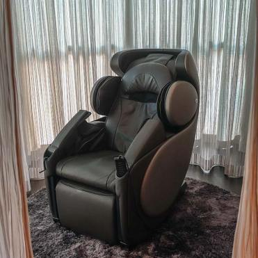 Loved the massage chairs