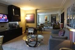 Jumeirah Carlton Tower Knightsbridge - London City View Suite MenStyleFashion (5)