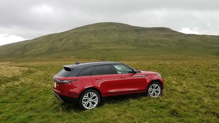 Range Rover Velar in the yorkshire Dales