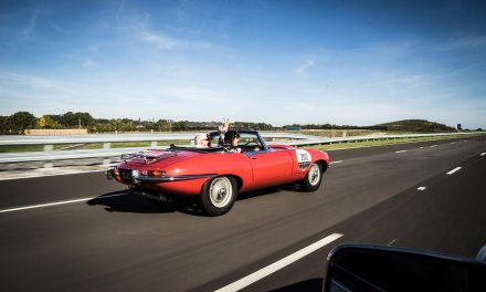 Jaguar UK – The Jaguar Classic Track Experience