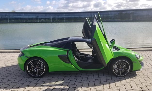 McLaren 570 Spyder Review – Mean Mantis Green Supercar