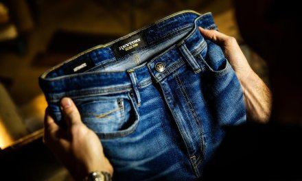 Jeans – Why Men Never Wash Denim