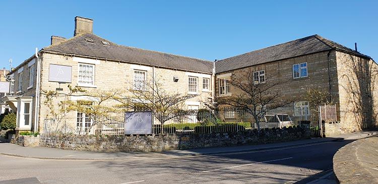 Feversham Arms Hotel & Verbena Spa - Helmsley Historical Village