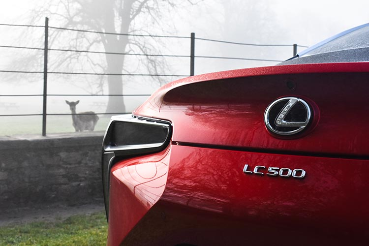 Lexus LC500 V8 MenStyleFashion 2019 review Satinred (17)