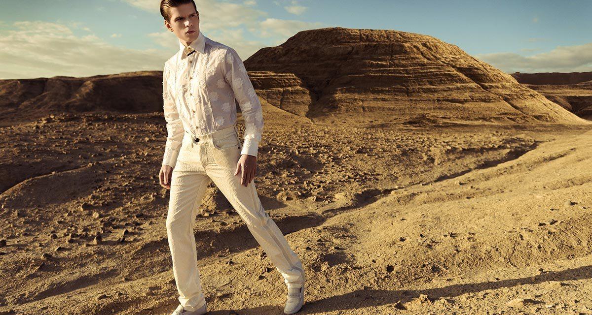 Cool Summer Style – Linen Shirts and Lightweight Denim