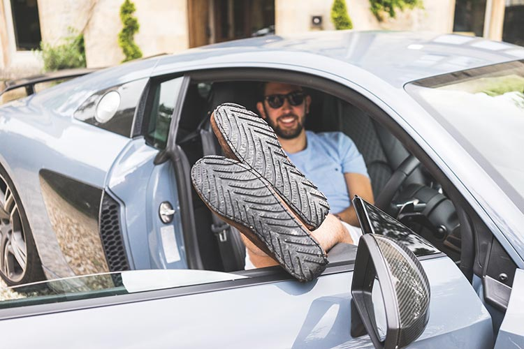 AudiR8 MenStyleFashion Review 2019 (15)