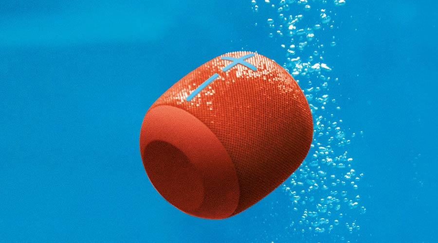 Ultimate Ears Waterboom wireless bluetooth speaker