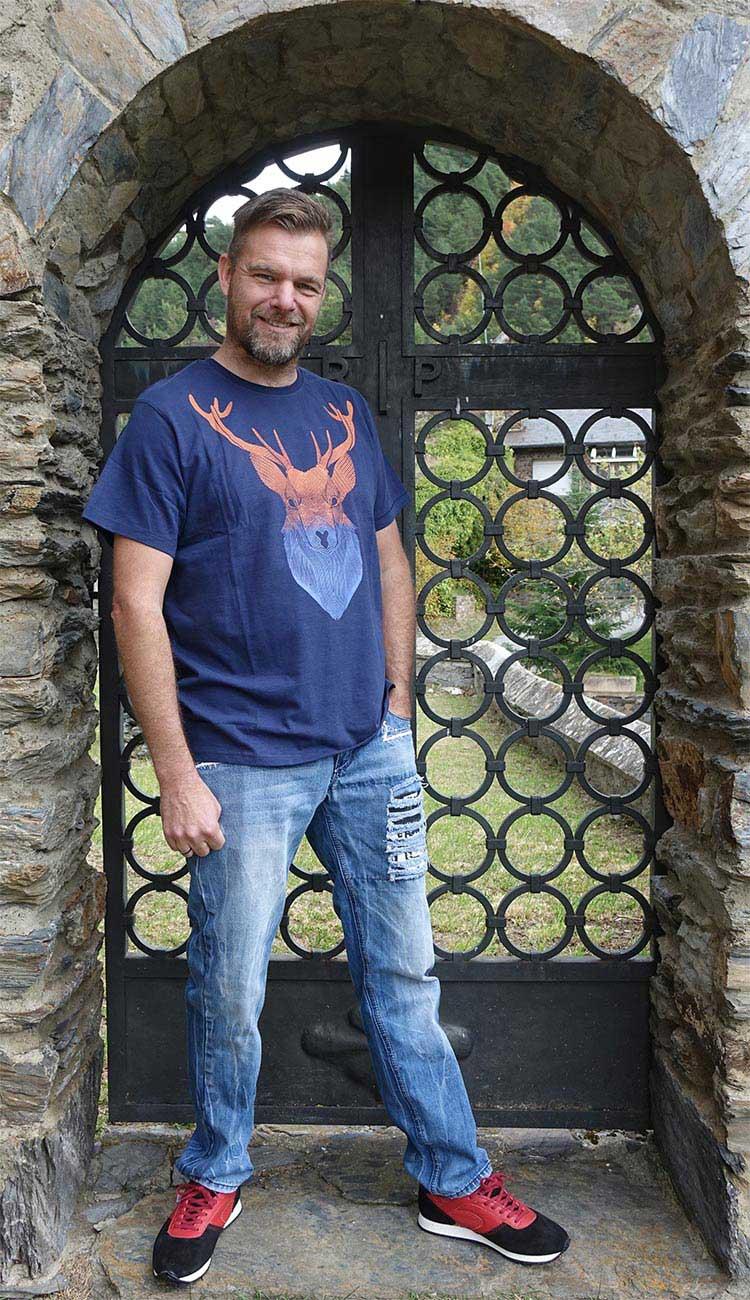 JoeBrowns---Christmas-TShirt-&-Shirt-Collection-(3)