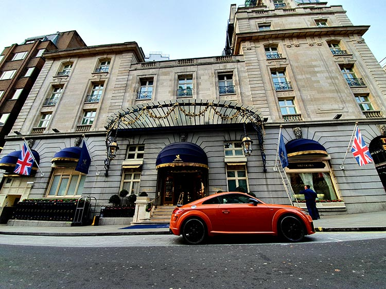 Audi TT London Ritz Hotel Pulse Orange Gracie Opulanza (2)