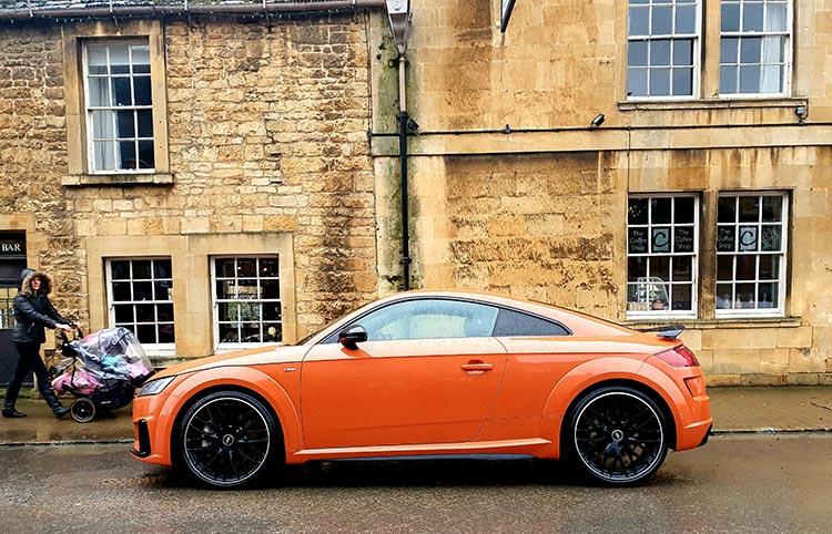 Audi TT Pulse Orange MenStyleFashion 2020 (2)