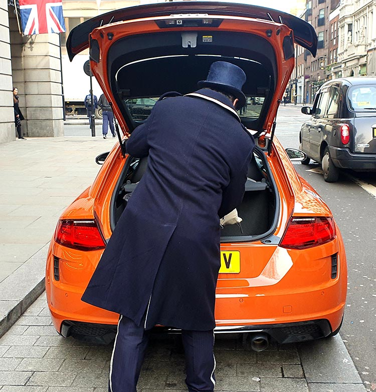 Audi TT - Pulse Orange Lifestyle Review
