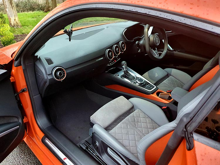 Audi TT - Pulse Orange Lifestyle Review