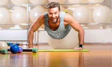 7 Wardrobe Essentials For A Fitness Freak